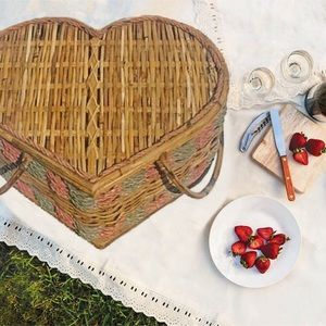 Large Vintage Rattan Hearth Shaped Picnic Basket